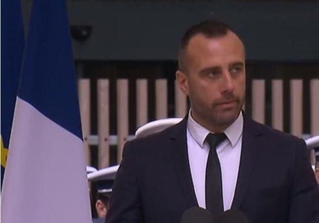 Les mots d'amour d'Etienne à Xavier Jugelé, tué sur les Champs-Elysées