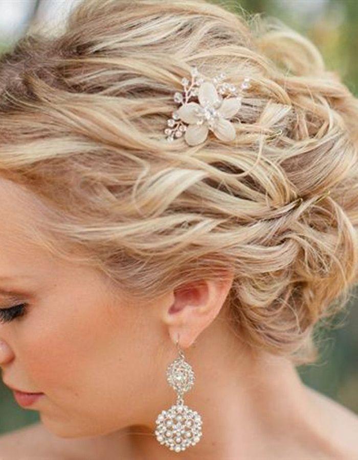 Fabuleux Coiffure mariée frisée - Les plus jolies coiffures de mariée pour  ZY88