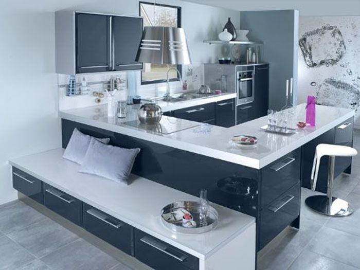 une cuisine r invent e vive la couleur elle d coration. Black Bedroom Furniture Sets. Home Design Ideas