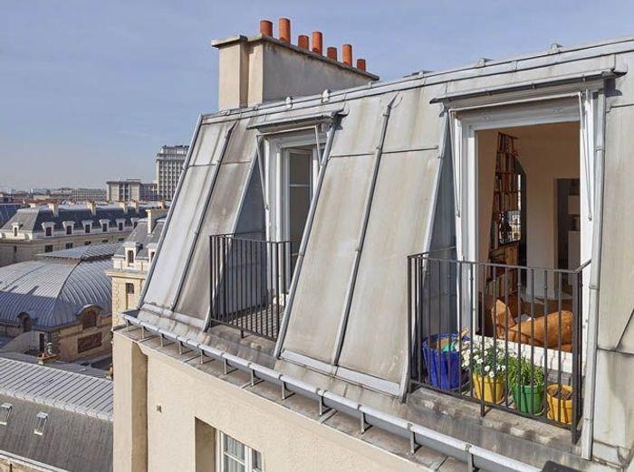 Célèbre Un appartement insolite sous les toits de Paris - Elle Décoration BB72