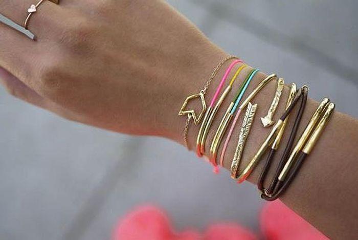 Bevorzugt Cadeau fête des mères à faire soi-même : un bracelet - 20 idées  NH81