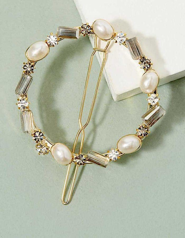Barrette anneau avec perles fumées, Antroppologie, 37 €