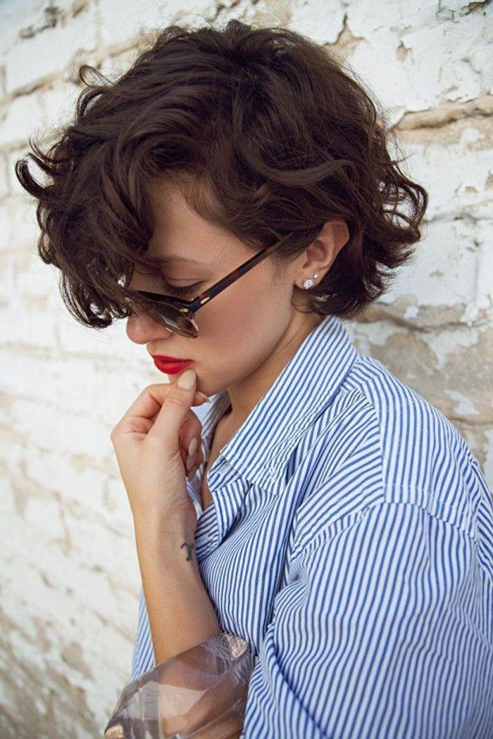 Coupe courte avec frange 30 id es de coiffure avec frange pour un look qui change elle - Coupe courte avec frange ...