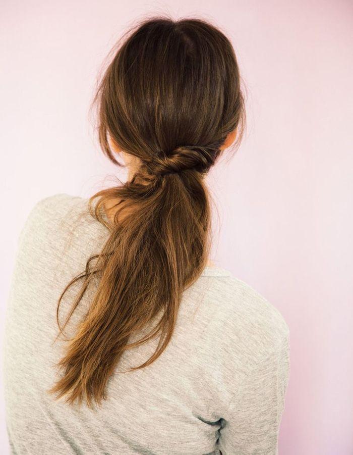 coiffure naturelle cheveux fins 25 id es de coiffures naturelles pour se sentir belle elle. Black Bedroom Furniture Sets. Home Design Ideas
