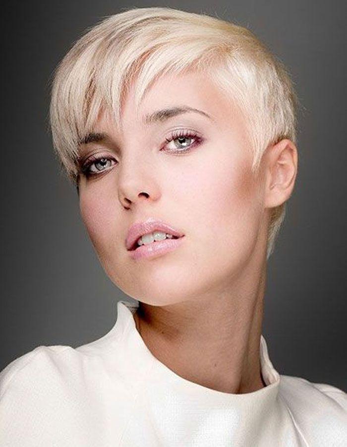 Coiffure visage rond femme - 40 coiffures canon pour les visages ronds - Elle