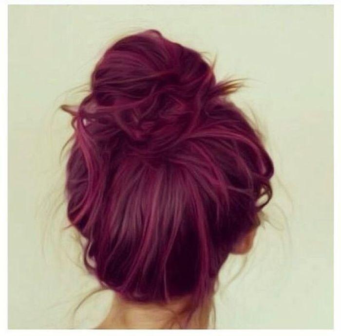 Coloration cheveux magenta