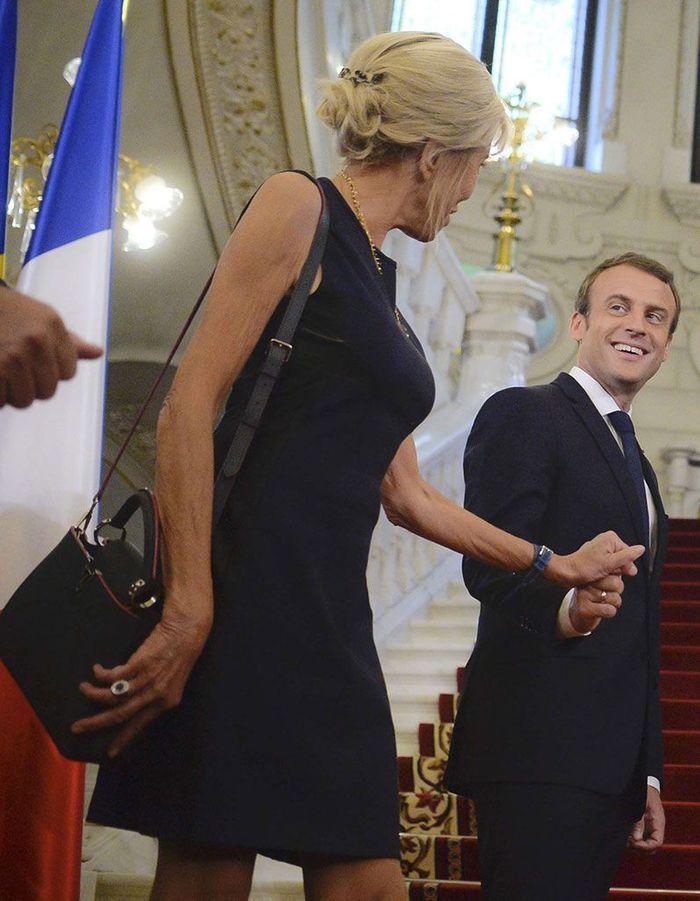 Le chignon avec accessoire de Brigitte Macron