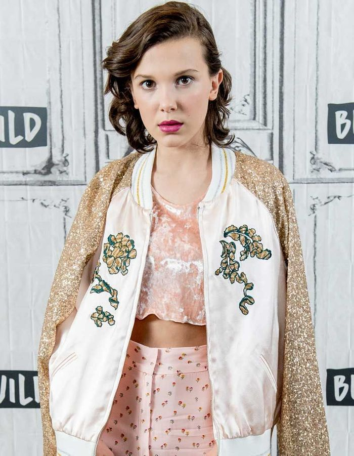 Le carré rock et wavy de Millie Bobby Brown