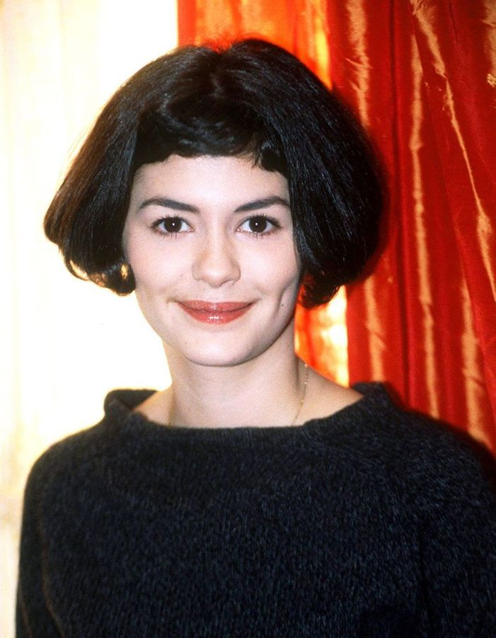 carr court et mini frange audrey tautou ses coiffures embl matiques elle. Black Bedroom Furniture Sets. Home Design Ideas