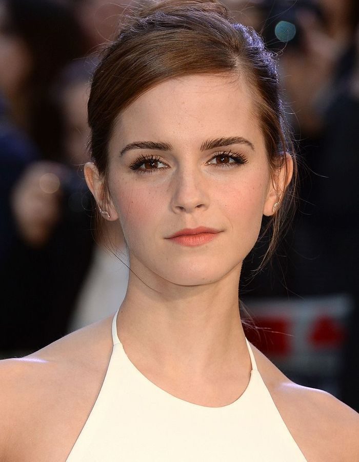 Cheveux et maquillage : les stars adoptent les tendances des podiums