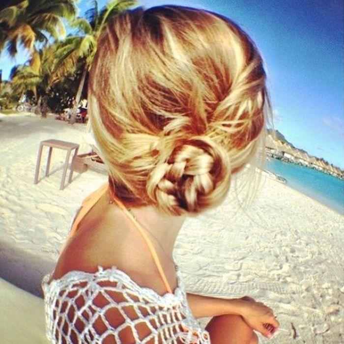 Chignon de c t comment les filles styl es se coiffent - Chignon de cote ...