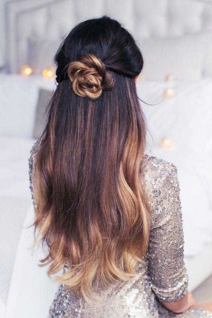 Coiffure cheveux long semi attache
