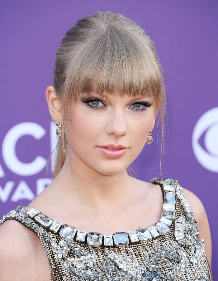 maquillage yeux taylor swift