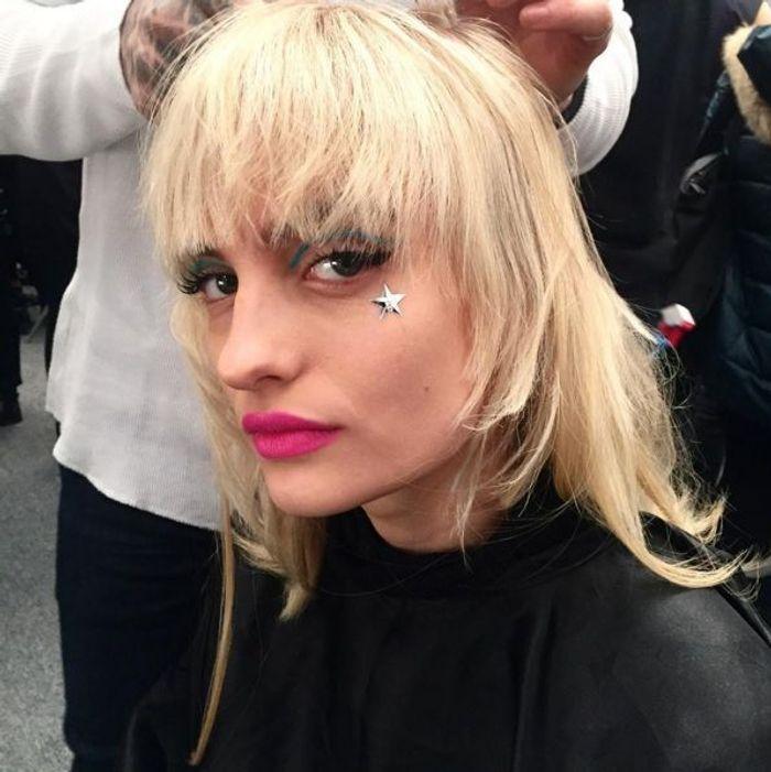 Le maquillage étoilé du défilé Moschino