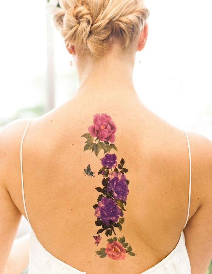 id e tatouage des fleurs aux jolies couleurs les 40 plus beaux tatouages de pinterest elle. Black Bedroom Furniture Sets. Home Design Ideas
