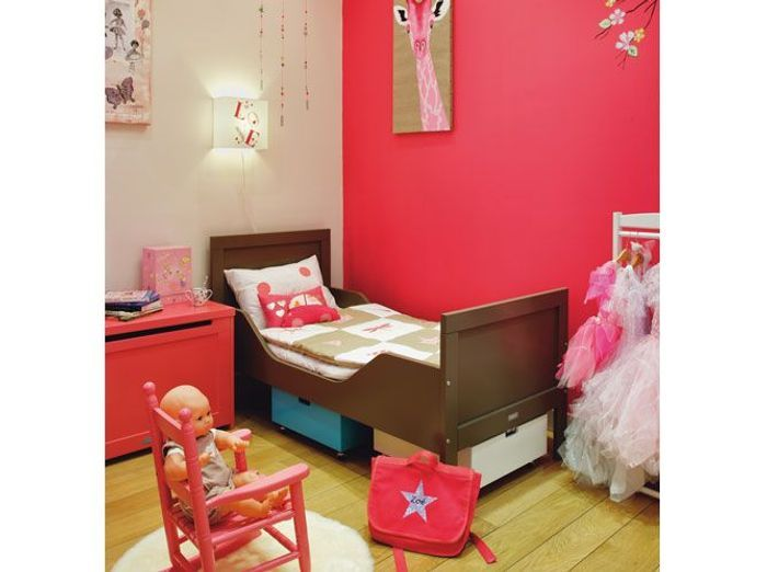 chambres d 39 enfants misez sur la couleur elle d coration. Black Bedroom Furniture Sets. Home Design Ideas