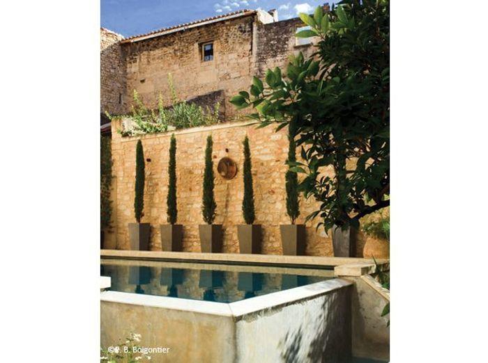 10 petites piscines qui donnent envie elle d coration - Petite piscine semi enterree ...