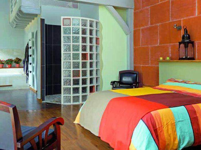 Une chambre avec salle de bains un r ve de bien tre for Salle bain ouverte chambre