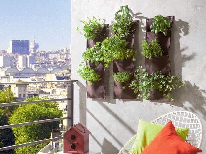 am nagez votre balcon pour un espace fleuri et d co elle. Black Bedroom Furniture Sets. Home Design Ideas