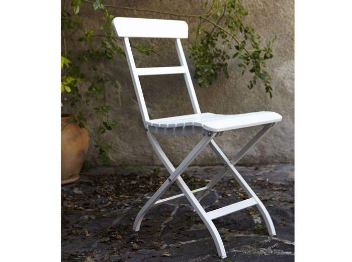 20 chaises de jardin pour profiter du soleil elle d coration - Ikea chaise de jardin ...