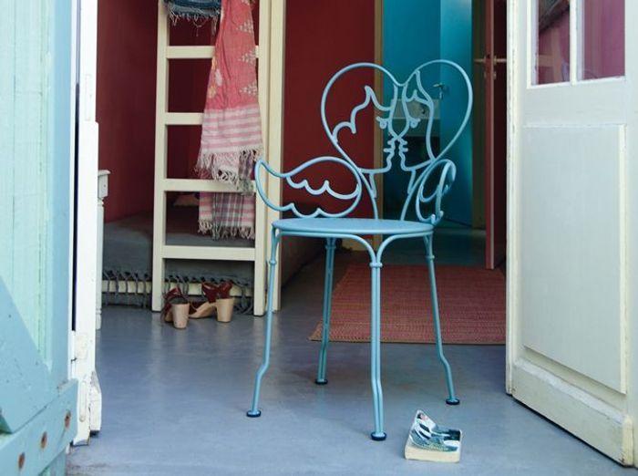 Fer forgé : la touche rétro de votre mobilier de jardin - Elle ...
