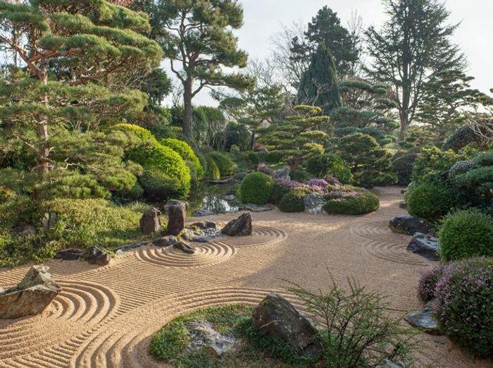des jardins zen qui devraient vous inspirer elle d coration. Black Bedroom Furniture Sets. Home Design Ideas