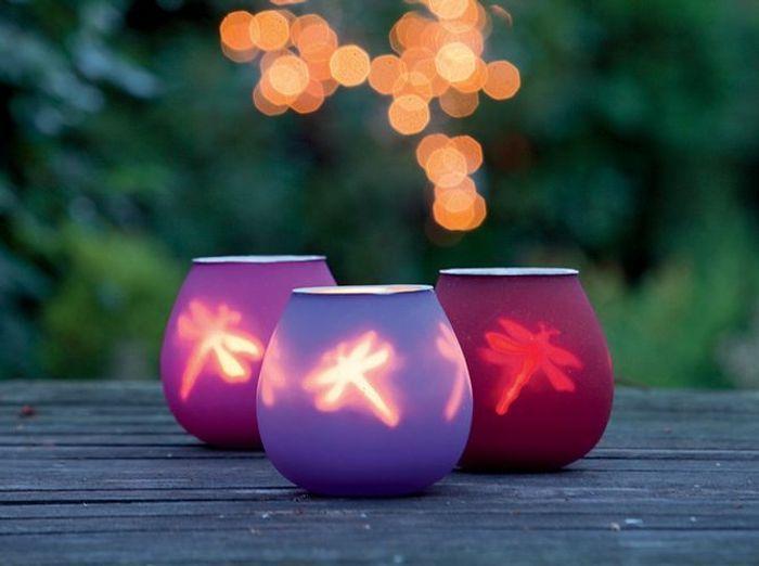 Lanternes et photophores éclairent votre jardin