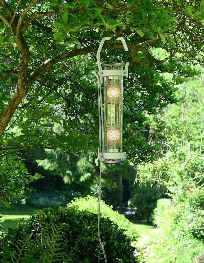 Une lampe de jardin Sammode Studio