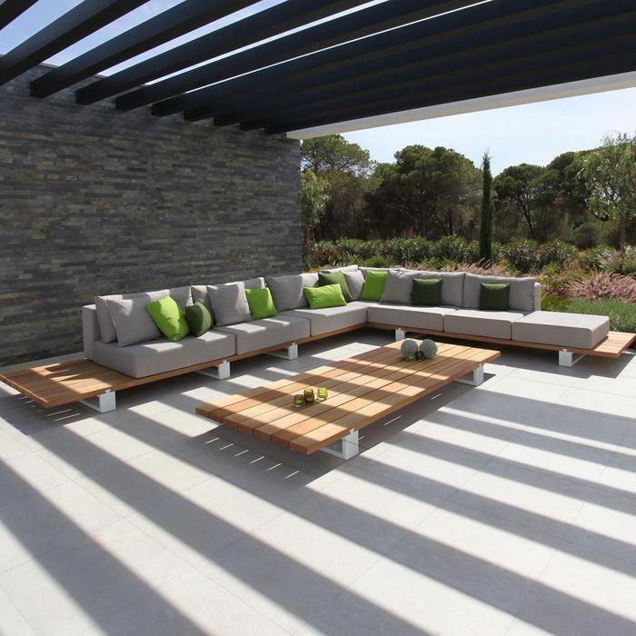 Un salon de jardin d'angle