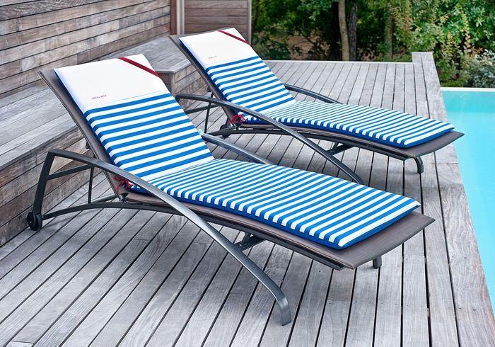 shopping 30 nouvelles id es autour de la piscine elle d coration. Black Bedroom Furniture Sets. Home Design Ideas
