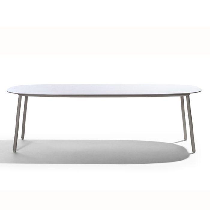 Une table de jardin chicissime