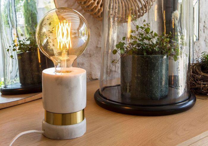Lampe avec socle en marbre AM.PM