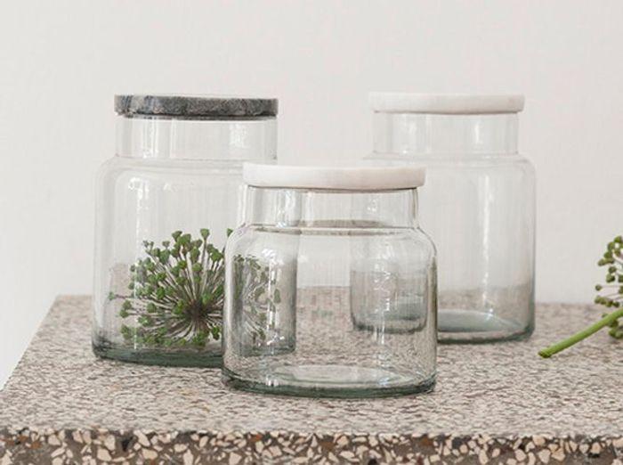 Pots avec couvercles en marbre