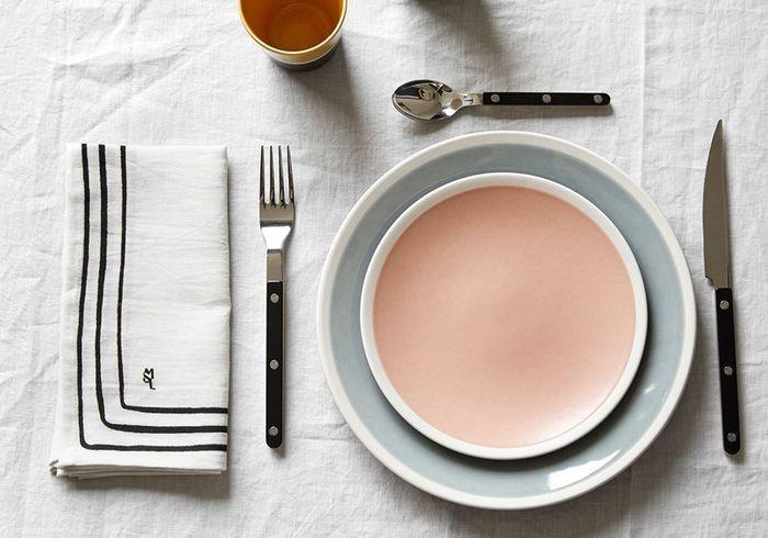 Assiette rose pale