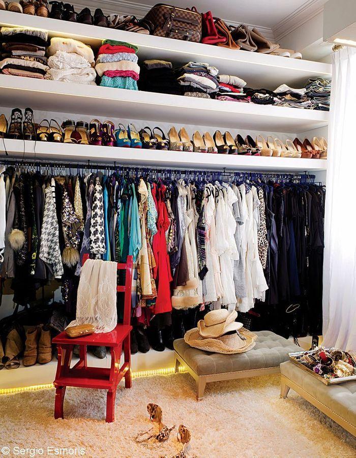 10 id es pour r habiller son dressing elle d coration - Idee dressing petite chambre ...