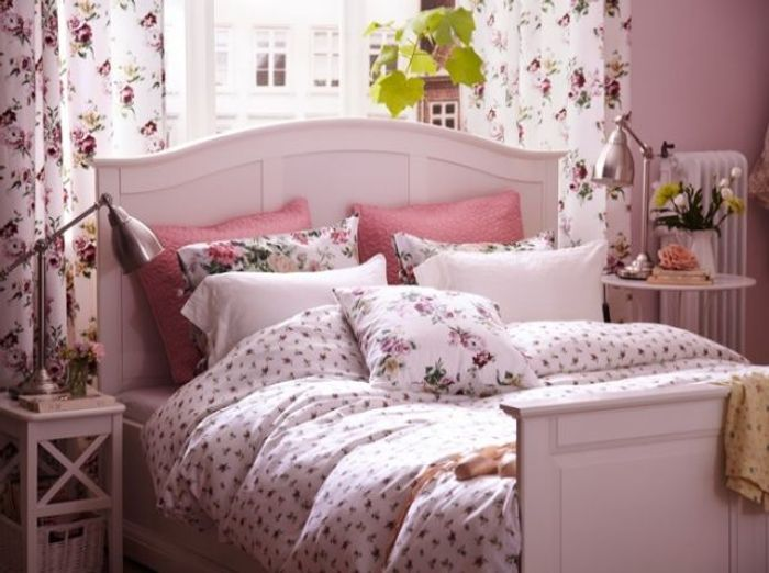 Beautiful Idee Deco Chambre Romantique Rose Pictures - Yourmentor ...