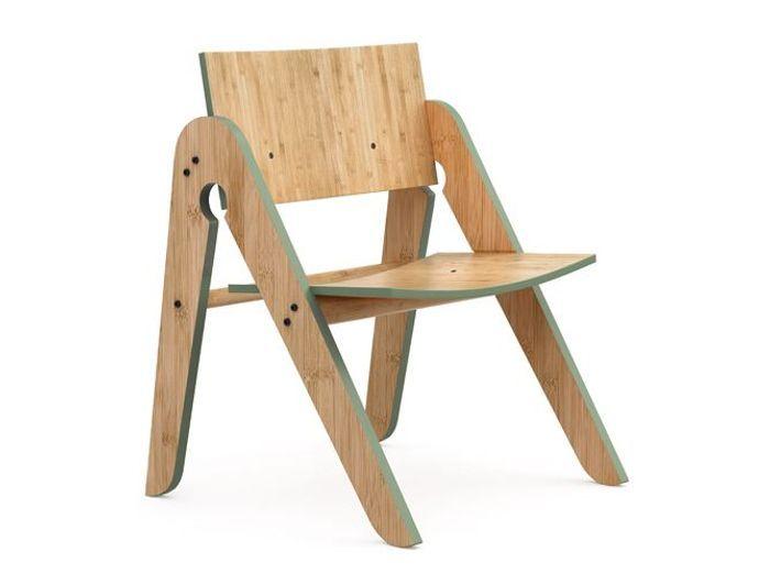 Chaise en bois chaleureuse pour enfant