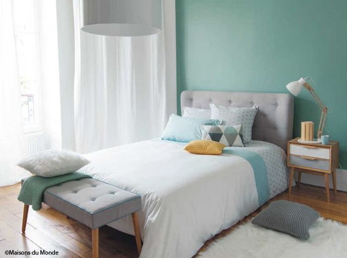 D co chambre color e for Deco tendance chambre adulte