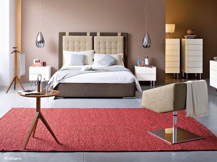 id e d co une touche de couleur dans votre chambre elle d coration. Black Bedroom Furniture Sets. Home Design Ideas