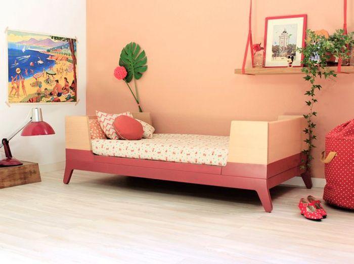 Une chambre d'enfant chaleureuse