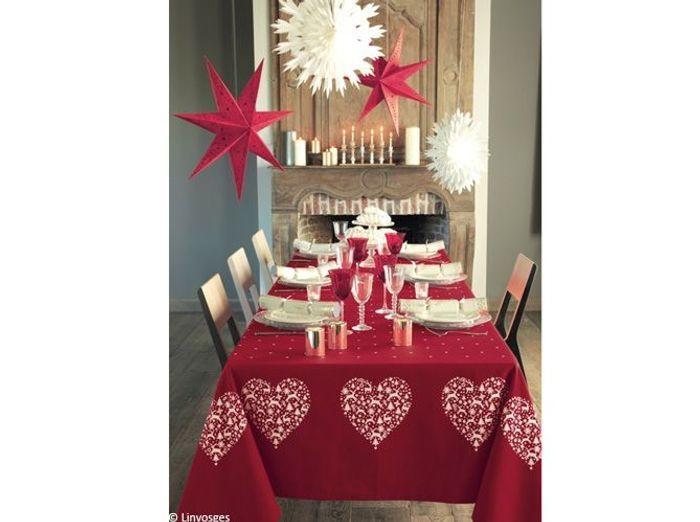nos 40 id es d co pour une table de r veillon sur son 31. Black Bedroom Furniture Sets. Home Design Ideas