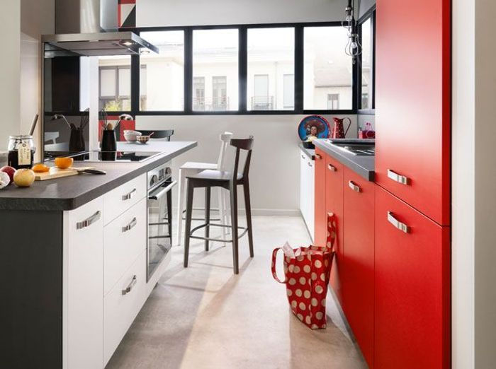 des petites cuisines astucieuses et l gantes elle. Black Bedroom Furniture Sets. Home Design Ideas