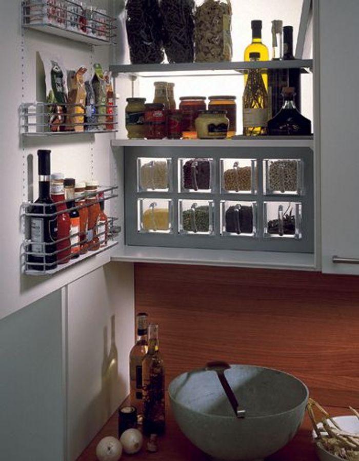 je range tout dans ma cuisine elle d coration. Black Bedroom Furniture Sets. Home Design Ideas