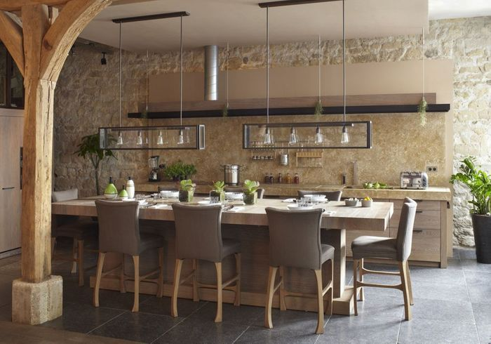 Cuisine ouverte d couvrez toutes nos inspirations elle for Table pour cuisine ouverte