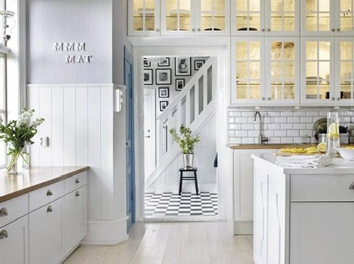 5 int rieurs en blanc pour agrandir votre surface elle d coration. Black Bedroom Furniture Sets. Home Design Ideas