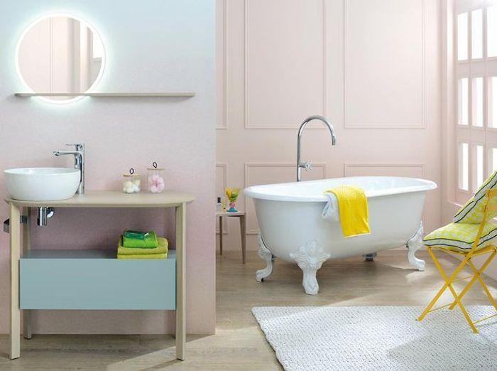 50 salles de bains romantiques elle d coration for Decoration de salle bain