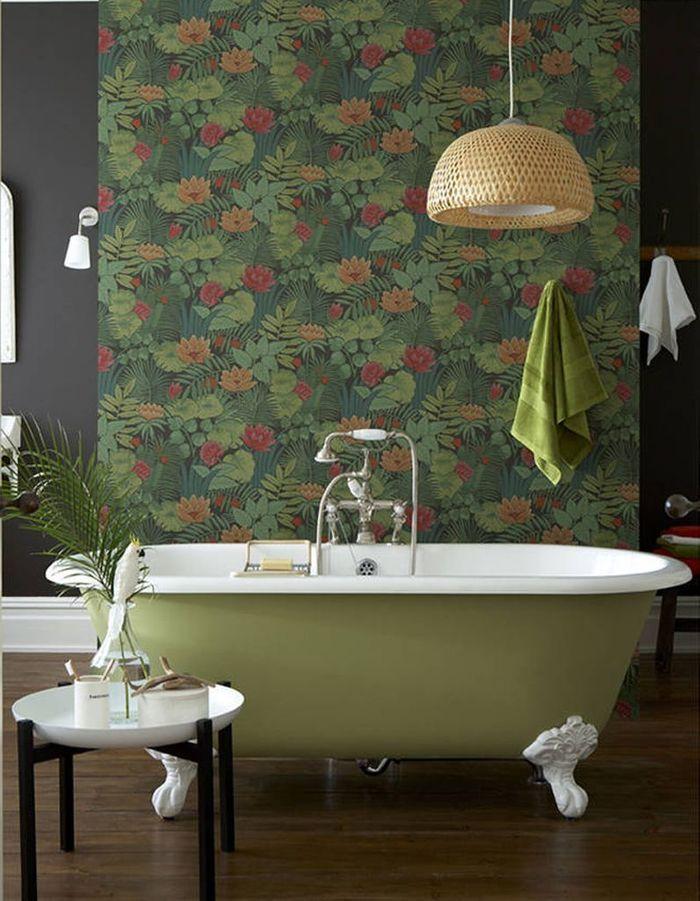 Jouez la carte exotique, ultra tendance, dans la salle de bains
