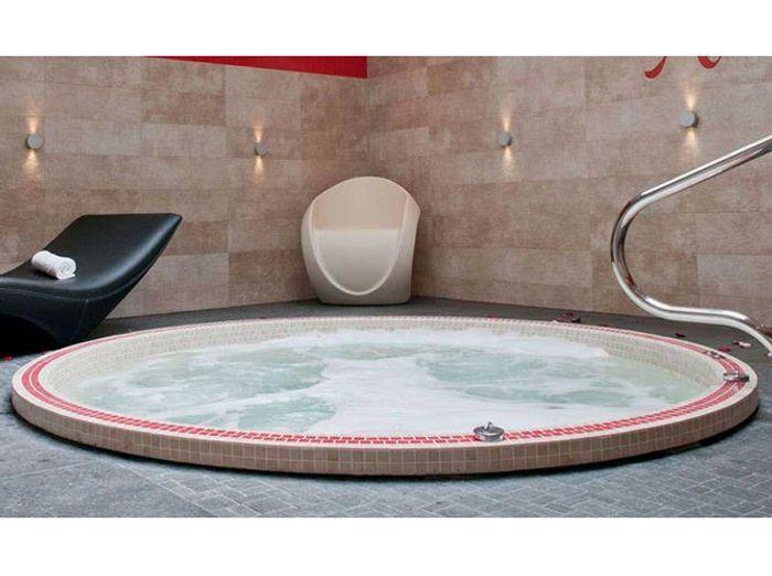bien tre quel spa pour vous elle d coration. Black Bedroom Furniture Sets. Home Design Ideas