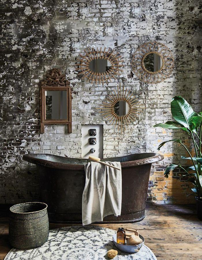 Miroir de salle de bains en rotin