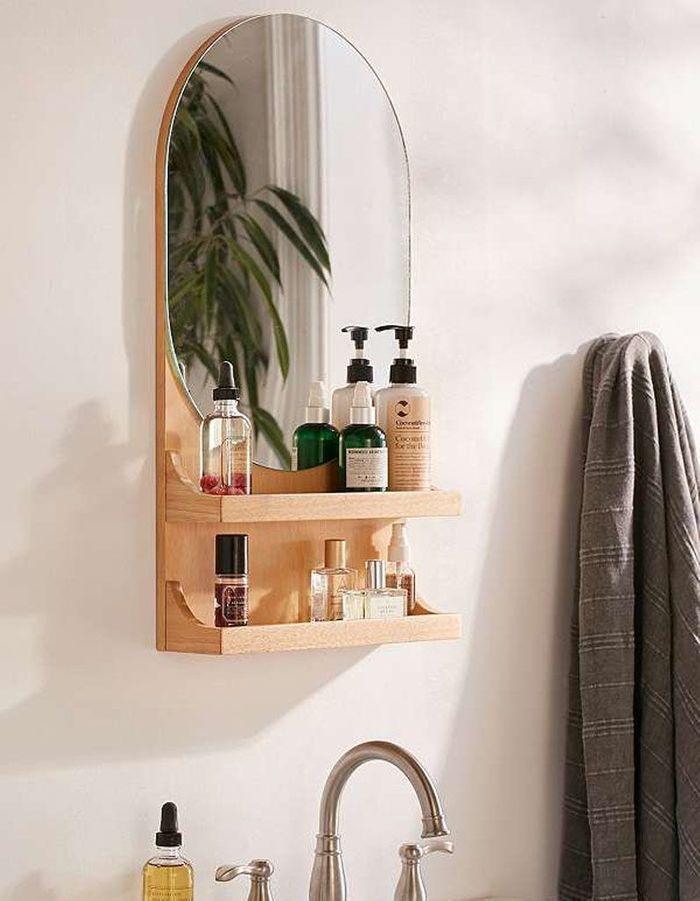 Voici les plus jolis miroirs de salle de bains elle for Salle de bain pratique